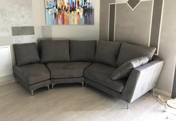 parete fuori quadro divano brescia