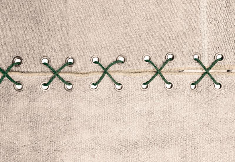 Stringhe - Design - Biasini Salotti